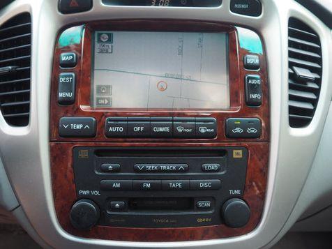 2005 Toyota Highlander Limited   Whitman, Massachusetts   Martin's Pre-Owned in Whitman, Massachusetts