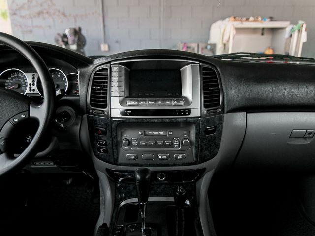 2005 Toyota Land Cruiser Burbank, CA 24