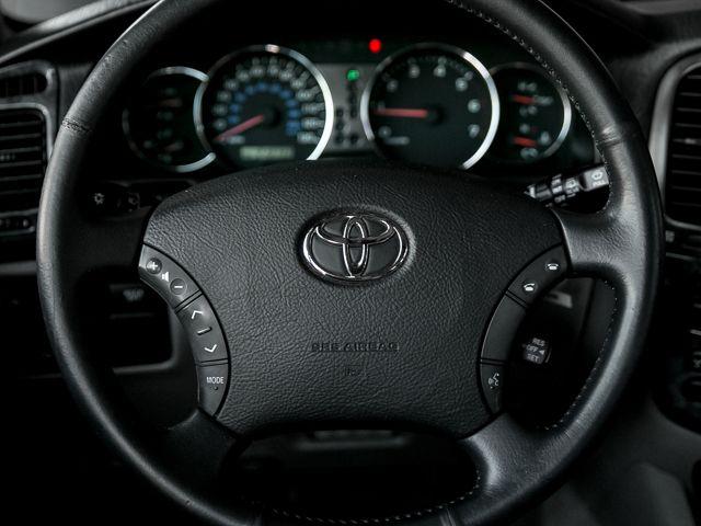 2005 Toyota Land Cruiser Burbank, CA 25
