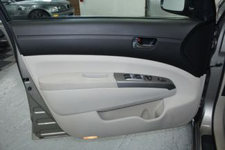 2005 Toyota Prius Kensington, Maryland 14