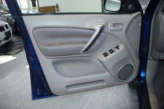 2005 Toyota RAV4 L 4WD Kensington, Maryland 14