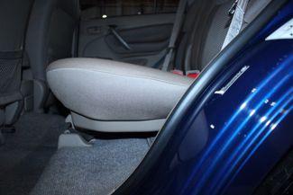 2005 Toyota RAV4 L 4WD Kensington, Maryland 32