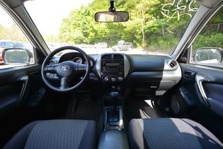 2005 Toyota RAV4 Naugatuck, Connecticut 14