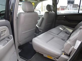 2005 Toyota Sequoia Limited Milwaukee, Wisconsin 9