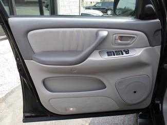 2005 Toyota Sequoia Limited Milwaukee, Wisconsin 8