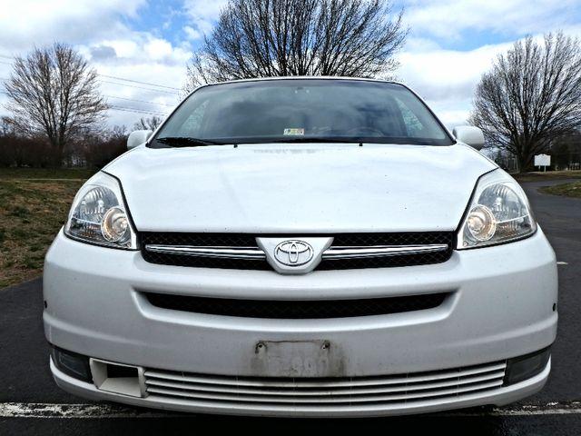 2005 Toyota Sienna XLE Leesburg, Virginia 6