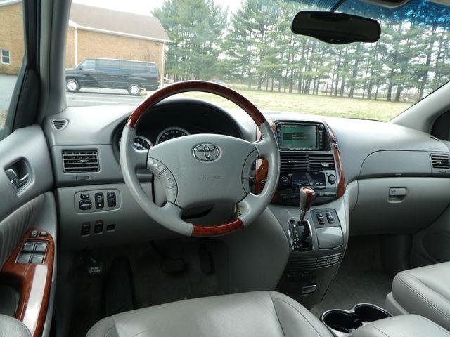 2005 Toyota Sienna XLE Leesburg, Virginia 17