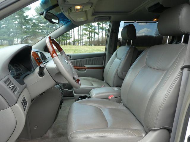 2005 Toyota Sienna XLE Leesburg, Virginia 21