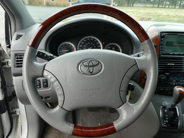 2005 Toyota Sienna XLE Leesburg, Virginia 23