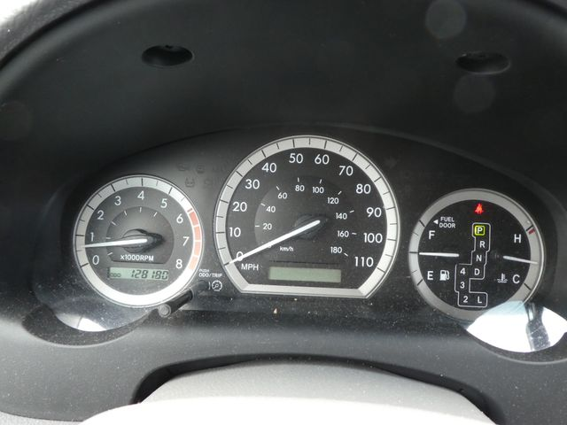 2005 Toyota Sienna XLE Leesburg, Virginia 25