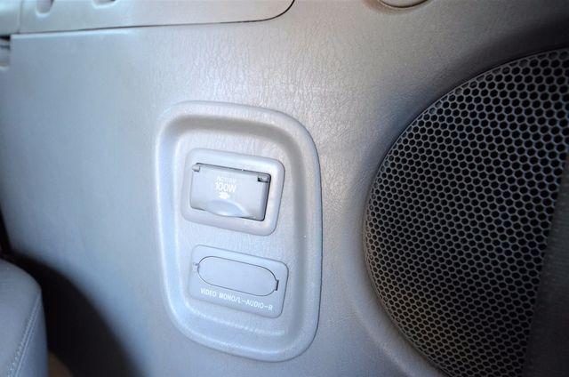 2005 Toyota Sienna XLE LTD Reseda, CA 10