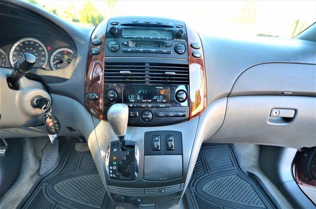 2005 Toyota Sienna XLE LTD Reseda, CA 9