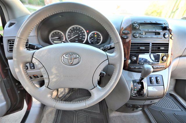 2005 Toyota Sienna XLE LTD Reseda, CA 6