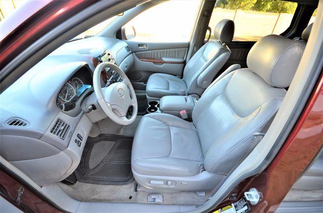 2005 Toyota Sienna XLE LTD Reseda, CA 49