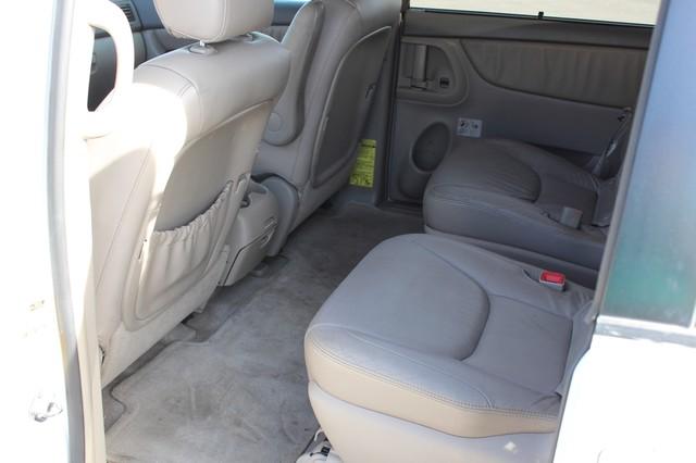 2005 Toyota Sienna XLE LTD San Antonio, Texas 3