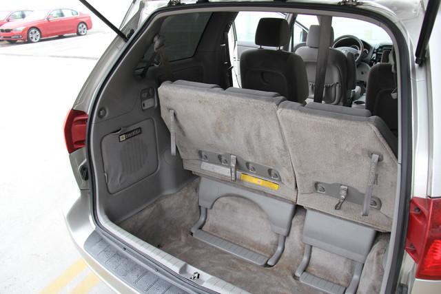 2005 Toyota Sienna CE Studio City, California 15