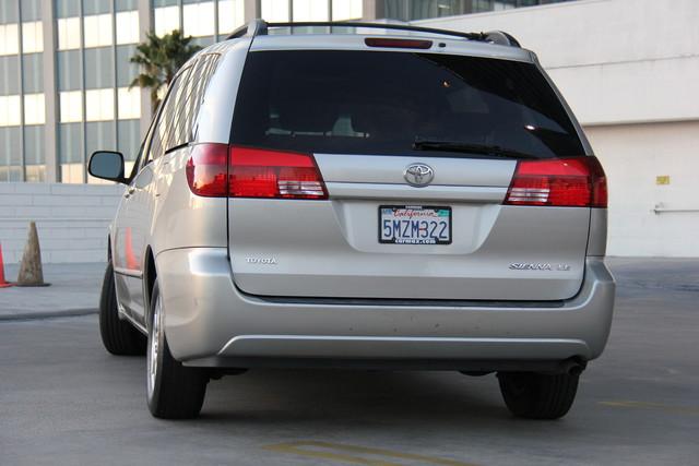 2005 Toyota Sienna CE Studio City, California 5