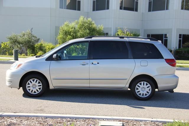 2005 Toyota Sienna LE Santa Clarita, CA 10
