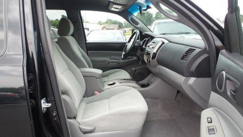 2005 Toyota Tacoma 4x4 Crew Cab 1-Own Cln Carfax We Finance | Canton, Ohio | Ohio Auto Warehouse LLC in Canton, Ohio