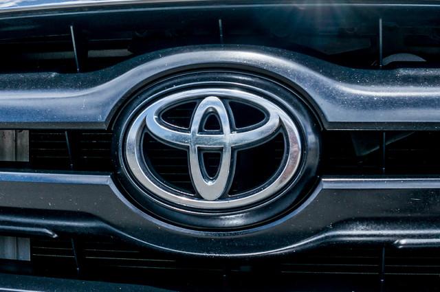 2005 Toyota Tacoma PreRunner V6 SR5 - 189K MILES - BED LINER Reseda, CA 43