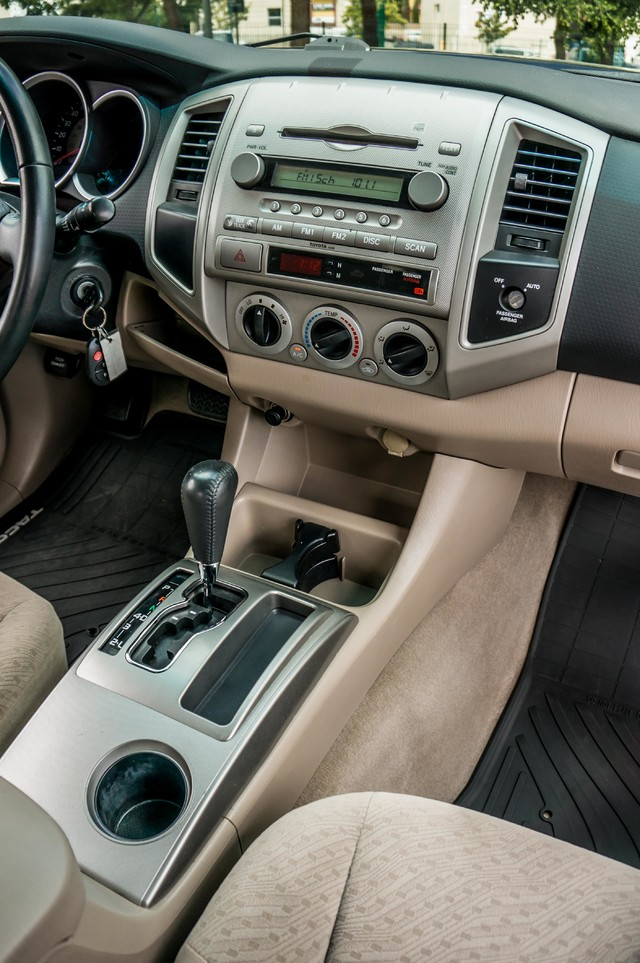 2005 Toyota Tacoma PreRunner V6 SR5 - 189K MILES - BED LINER Reseda, CA 19