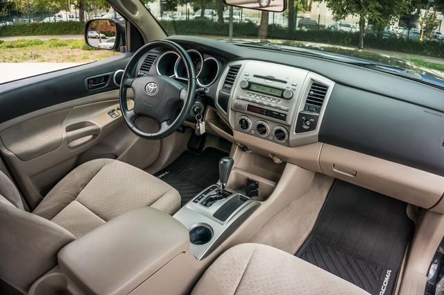 2005 Toyota Tacoma PreRunner V6 SR5 - 189K MILES - BED LINER Reseda, CA 32