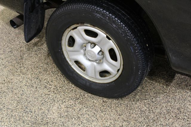 2005 Toyota Tacoma Roscoe, Illinois 23