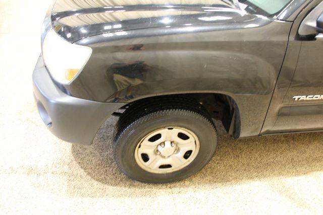 2005 Toyota Tacoma Roscoe, Illinois 8