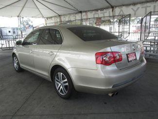 2005 Volkswagen Jetta 2.5L Gardena, California 1