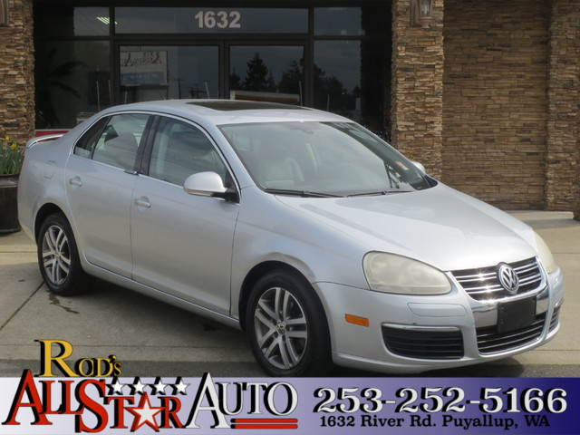 2005 Volkswagen Jetta 25L The CARFAX Buy Back Guarantee that comes with this vehicle means that y