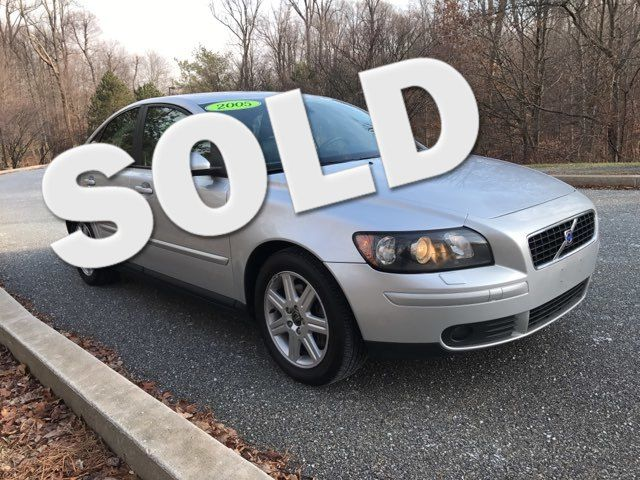 2005 Volvo S40 T5  | Malvern, PA | Wolfe Automotive Inc.