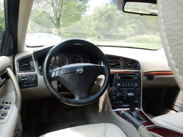 2005 Volvo S60 TURBO Leesburg, Virginia 21