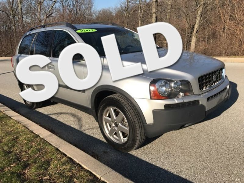 2005 Volvo XC90 AWD 2.5T  | Malvern, PA | Wolfe Automotive Inc.