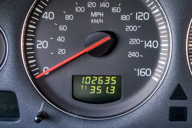 2005 Volvo XC90  AUTO  - 103K MILES - 3RD ROW - SUNROOF - 1-OWNER Reseda, CA 15