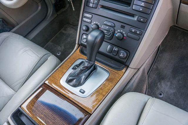 2005 Volvo XC90  AUTO  - 103K MILES - 3RD ROW - SUNROOF - 1-OWNER Reseda, CA 23