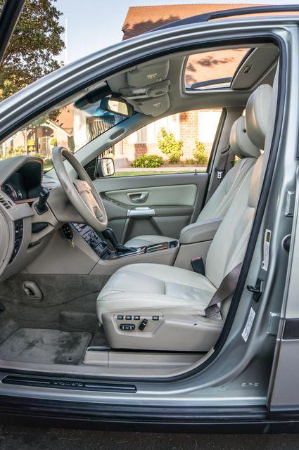 2005 Volvo XC90  AUTO  - 103K MILES - 3RD ROW - SUNROOF - 1-OWNER Reseda, CA 34