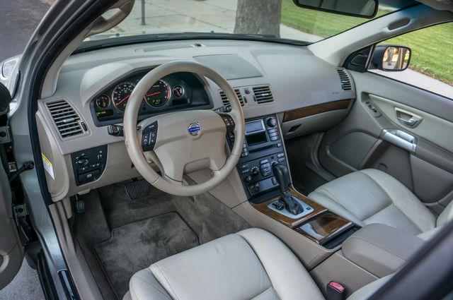 2005 Volvo XC90  AUTO  - 103K MILES - 3RD ROW - SUNROOF - 1-OWNER Reseda, CA 13