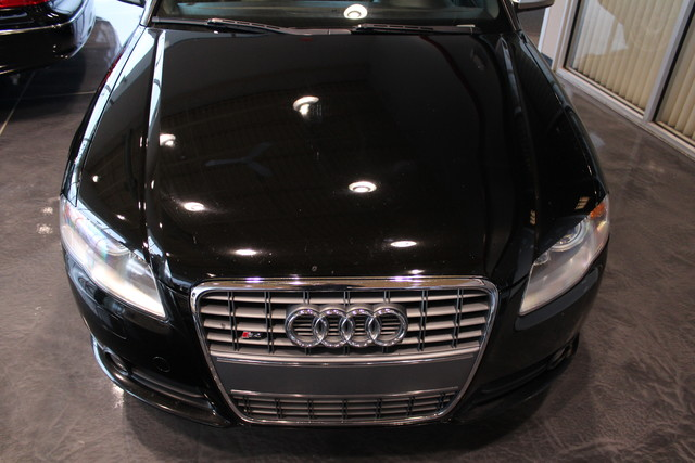 2006 Audi S4   Grayslake IL  Executive Motor Carz  in Grayslake, IL