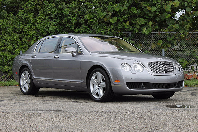 2006 Bentley Continental Flying Spur  LIKE NEW CARFAX CERTIFIED 6 SERVICE RECORDS FLORIDA VE