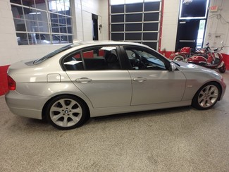 2006 Bmw 325i affordable luxury sport sedan. Clean! Saint Louis Park, MN 1