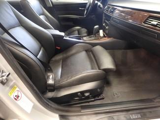 2006 Bmw 325i affordable luxury sport sedan. Clean! Saint Louis Park, MN 8