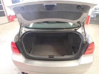 2006 Bmw 325i affordable luxury sport sedan. Clean! Saint Louis Park, MN 18