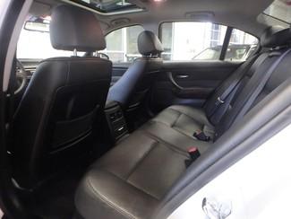 2006 Bmw 325i affordable luxury sport sedan. Clean! Saint Louis Park, MN 7