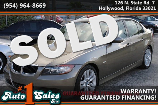 2006 BMW 325i  CARFAX CERTIFIED AUTOCHECK CERTIFIED 2 OWNERS 17 SERVICE RECORDS  This sp