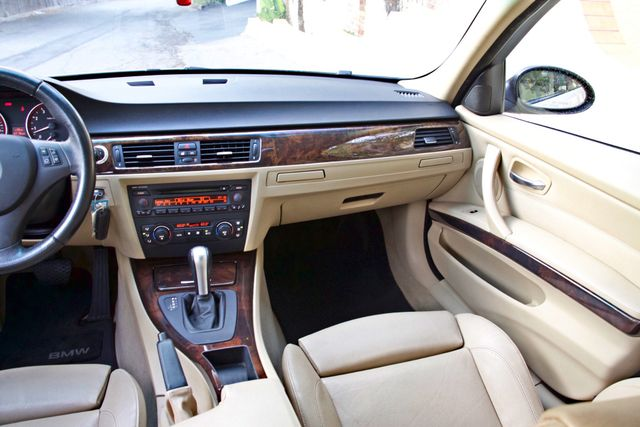 2006 BMW 325i SPORTS PKG AUTOMAIC ONLY 69K MLS  XENON ALLOY WHLS LEATHER Woodland Hills, CA 19