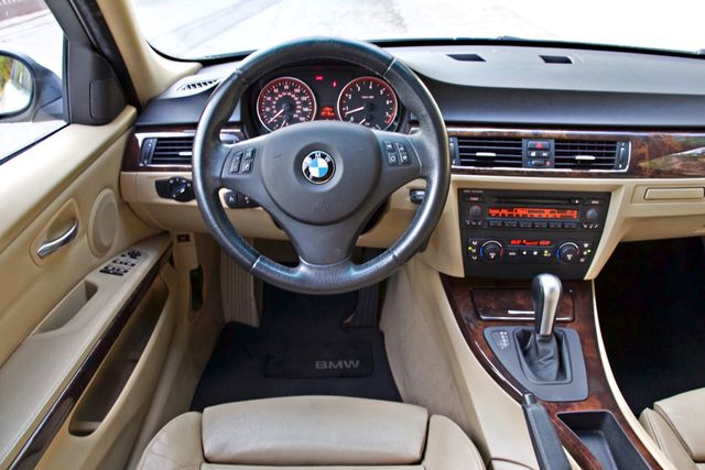 2006 BMW 325i SPORTS PKG AUTOMAIC ONLY 69K MLS  XENON ALLOY WHLS LEATHER Woodland Hills, CA 17