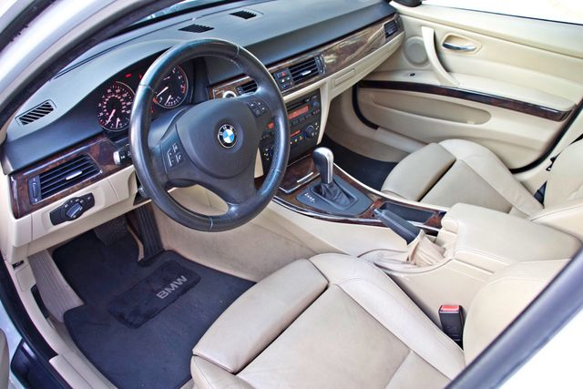 2006 BMW 325i SPORTS PKG AUTOMAIC ONLY 69K MLS  XENON ALLOY WHLS LEATHER Woodland Hills, CA 11