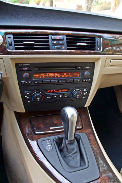 2006 BMW 325i SPORTS PKG AUTOMAIC ONLY 69K MLS  XENON ALLOY WHLS LEATHER Woodland Hills, CA 14