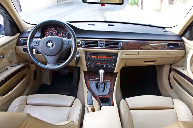 2006 BMW 325i SPORTS PKG AUTOMAIC ONLY 69K MLS  XENON ALLOY WHLS LEATHER Woodland Hills, CA 16