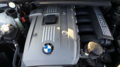 2006 BMW 325xi AWD Sunroof V6 Clean Carfax We Finance | Canton, Ohio | Ohio Auto Warehouse LLC in Canton, Ohio